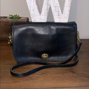 Coach Vintage Black Leather Penny bag crossbody